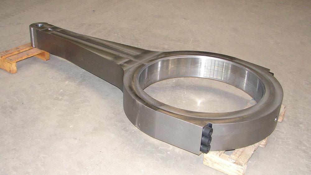 Zweiteiliger Stahlpleuel für den Pressenbau