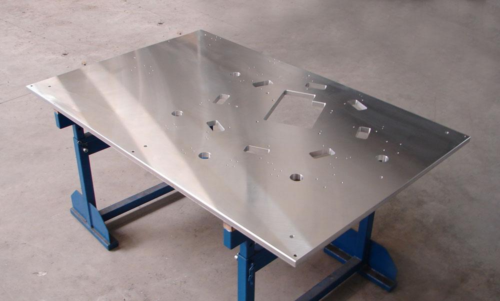 Tischplatte aus Aluminium